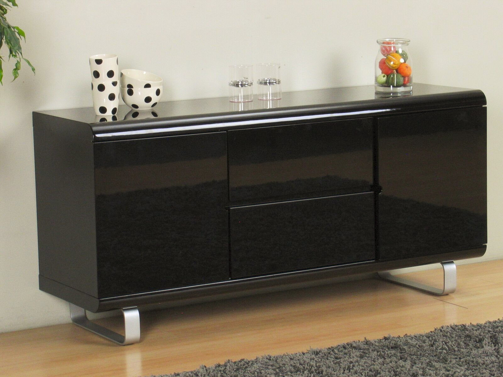 sideboard spacy hochglanz schwarz kommode schubladen schrank highboard m bel wohnen wohnzimmer. Black Bedroom Furniture Sets. Home Design Ideas