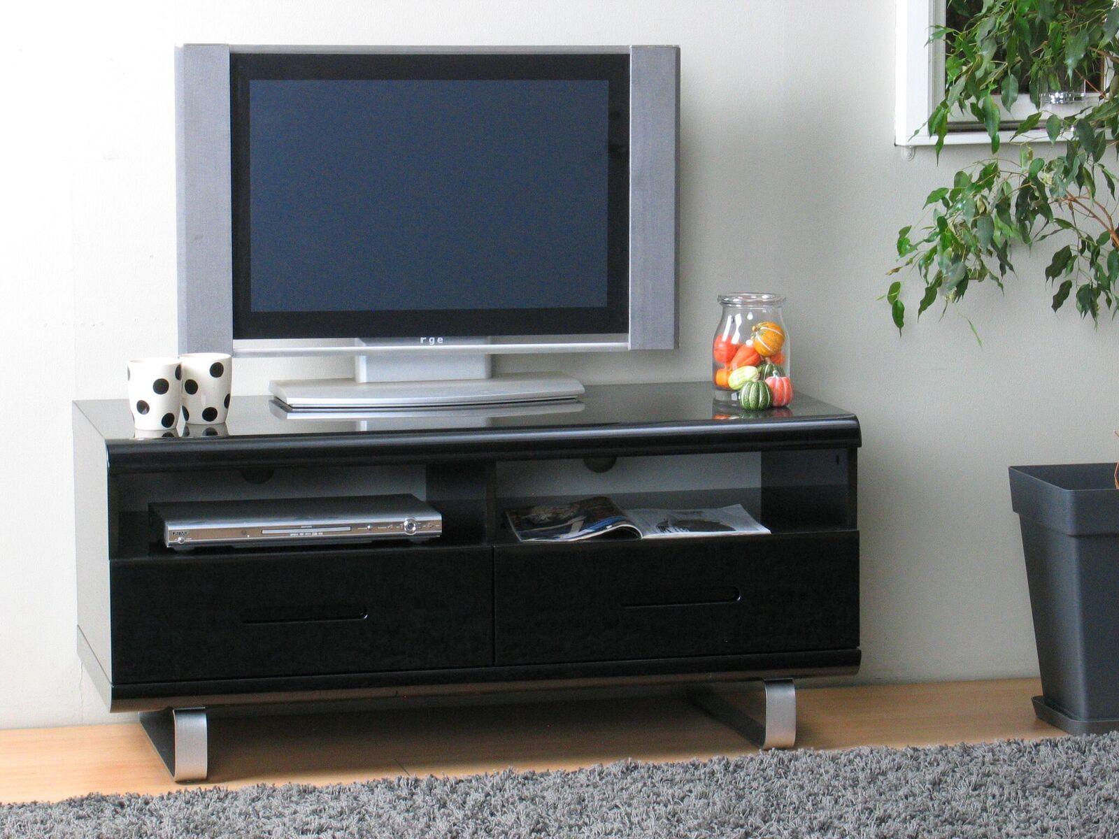 tv lowboard spacy hochglanz schwarz kommode sideboard fernseher schrank m bel wohnen wohnzimmer. Black Bedroom Furniture Sets. Home Design Ideas