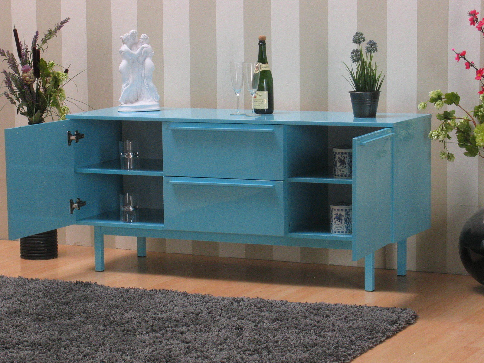 sideboard new york hellblau hochglanz kommode highboard anrichte schrank ebay. Black Bedroom Furniture Sets. Home Design Ideas