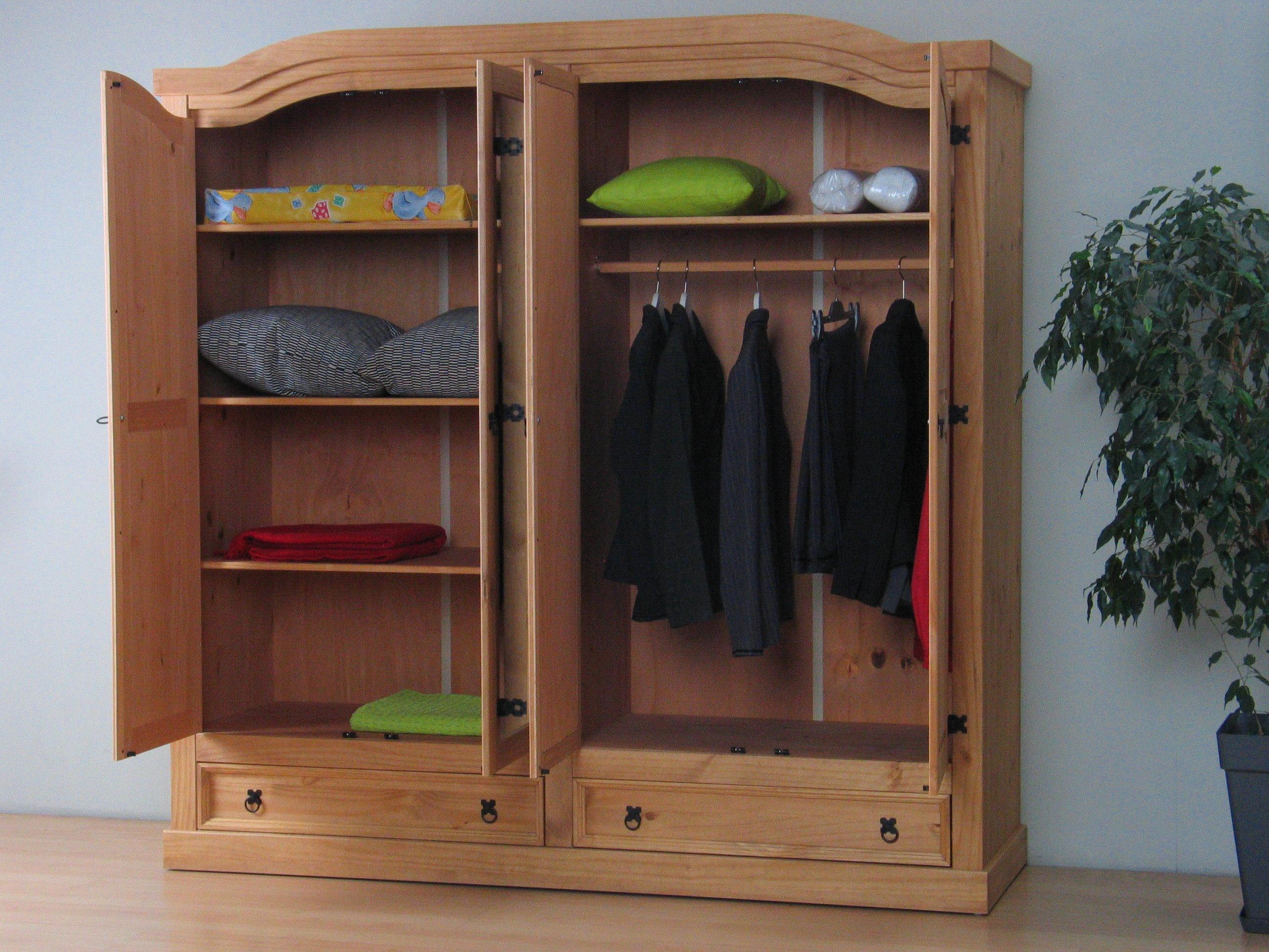 4 t riger kiefer kleiderschrank new mexico natur m bel wohnen schr nke vitrinen. Black Bedroom Furniture Sets. Home Design Ideas