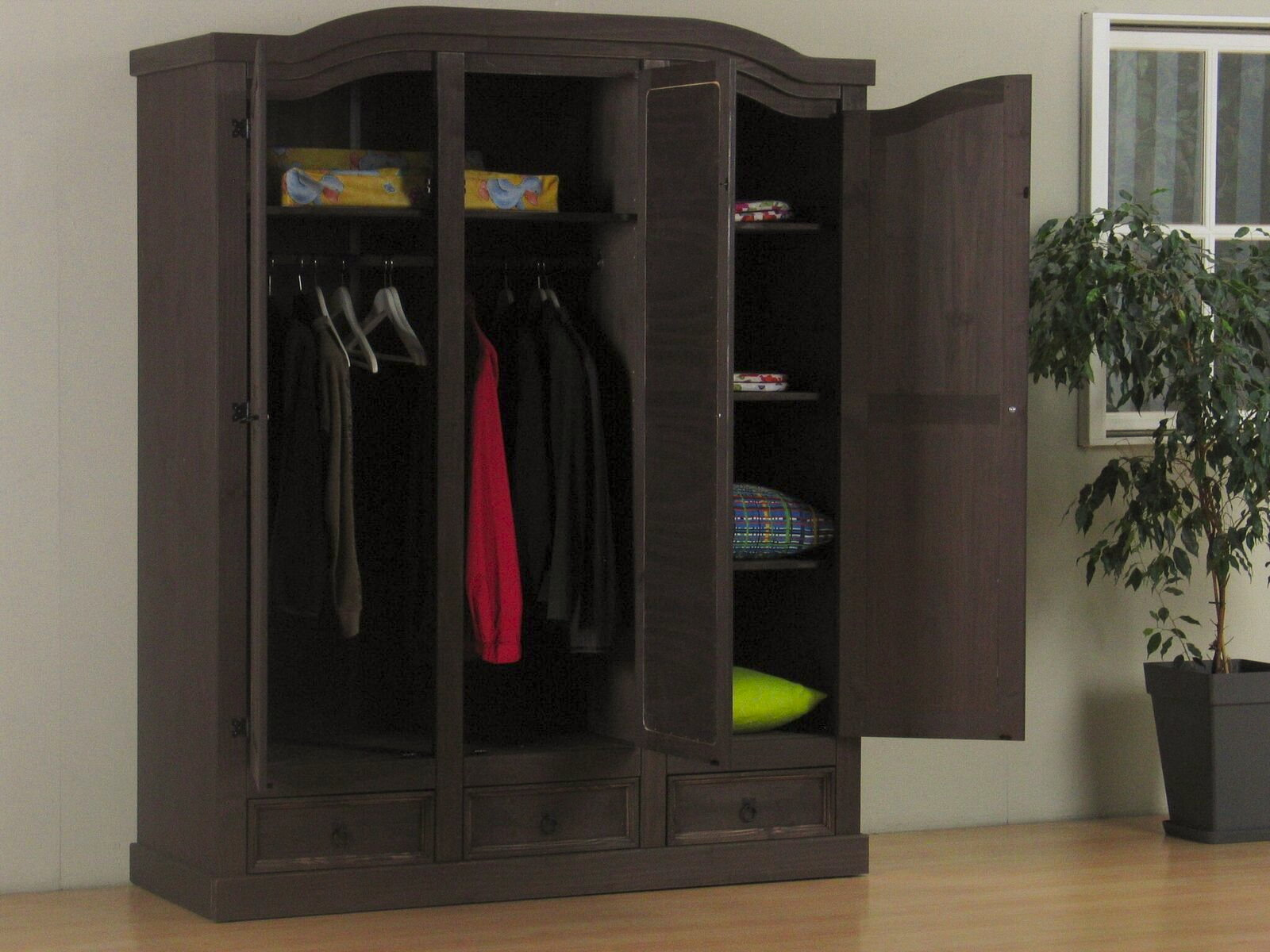 3 t riger kiefer kleiderschrank new mexico kolonial m bel wohnen schlafzimmer. Black Bedroom Furniture Sets. Home Design Ideas